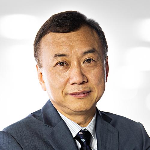 Dr. Hyuk Jason Kang, Board-Certified Radiation Oncologist at AUS.