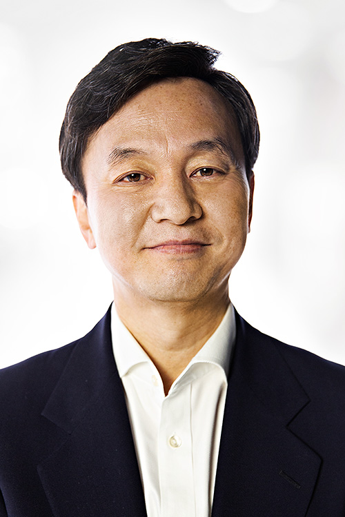 Dr. Jae Kim, Board-Certified Urologist at AUS.
